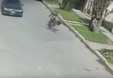 Ladrón de bicicleta detenido por los vecinos