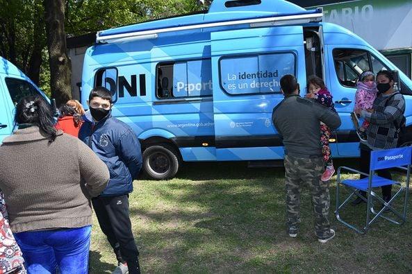Operativos de RENAPER en Libertad y Parque San Martín