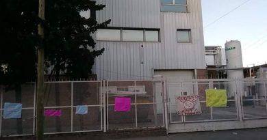 Vecinos exigen el traslado de una fábrica